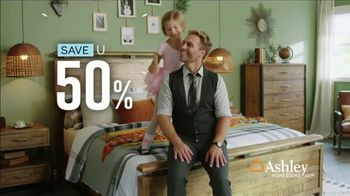 Ashley HomeStore Grand Reopening Event TV Spot, 'Living Room, Dining Room and Bedroom' - Thumbnail 5