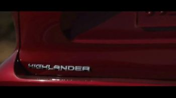 Toyota Highlander Hybrid TV Spot, 'Red Carpet' [T1]