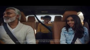 Toyota Highlander Hybrid TV Spot, 'Red Carpet' [T1]