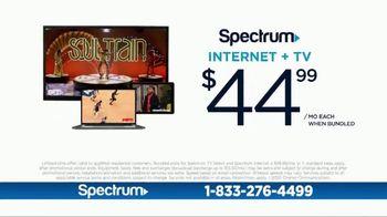 Spectrum Internet + TV TV Spot, 'Family Hub: 100 Mbps' - Thumbnail 9