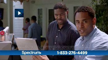 Spectrum Internet + TV TV Spot, 'Family Hub: 100 Mbps' - Thumbnail 6