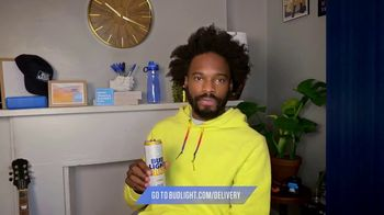 Bud Light Seltzer TV Spot, 'Toast to the Everyday: Delivery Pizza' Featuring Yedoye Travis - Thumbnail 5