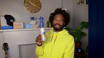 Bud Light Seltzer TV Spot, 'Toast to the Everyday: Delivery Pizza' Featuring Yedoye Travis - Thumbnail 7