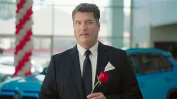 Toyota TV Spot, 'Rose Ceremony' [T2] - Thumbnail 1