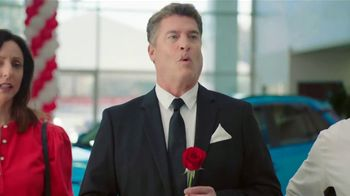 Toyota TV Spot, 'Rose Ceremony' [T2] - Thumbnail 5
