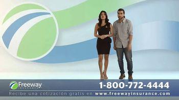 Freeway Insurance TV Spot, 'Ahorra hasta $839 dólares' [Spanish] - Thumbnail 4