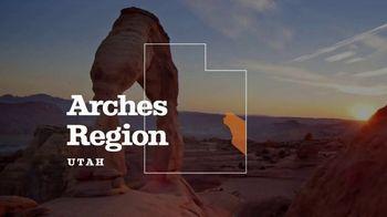 Utah Office of Tourism TV Spot, 'Arches Region' - Thumbnail 4