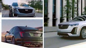 Cadillac TV Spot, 'Hecho para el verano: nueva línea' canción de DJ Shadow, Run the Jewels [Spanish] [T1] - Thumbnail 8