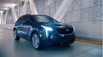 Cadillac TV Spot, 'Hecho para el verano: nueva línea' canción de DJ Shadow, Run the Jewels [Spanish] [T1] - Thumbnail 4