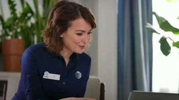 AT&T Wireless 5G TV Spot, 'What Does 5G Mean for Customers' - Thumbnail 4
