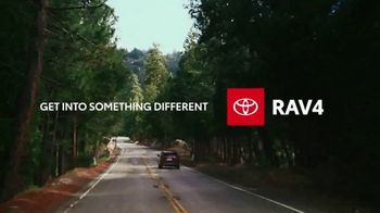 2020 Toyota RAV4 TV Spot, 'Start the Car' Song by So Many Wizards [T1] - Thumbnail 8