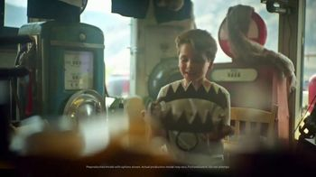 Hyundai Santa Fe TV Spot, 'Dad, Look' Song by Cayucas [T1] - Thumbnail 3