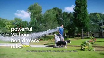 Claritin Chewables TV Spot, 'Feel the Clarity: Dog Walk'