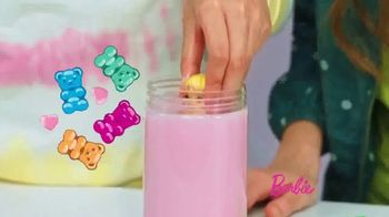 Barbie Color Reveal Foodie Series TV Spot, 'Smells like Popcorn' - Thumbnail 5