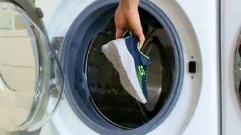 SKECHERS Stay Happy at Home Sale TV Spot, 'Don't Forget' - Thumbnail 8