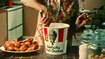 KFC TV Spot, 'Sunday Dinner: Free Delivery' - Thumbnail 5