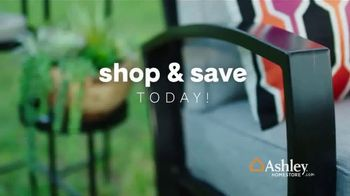 Ashley HomeStore Lowest Prices of the Season TV Spot, 'Beds, Outdoor Sets and More' - Thumbnail 8
