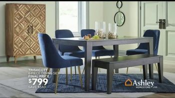 Ashley HomeStore Memorial Day Sale TV Spot, 'Up to 50 Percent Off: Sofa, Dining Set and Doorbusters' - Thumbnail 6