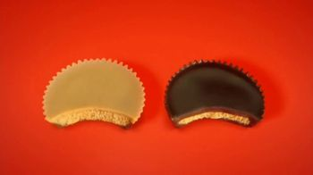 Reese's Peanut Butter Lovers and Chocolate Lovers Cups TV Spot, 'They're Back' - Thumbnail 6