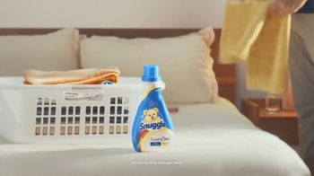 Snuggle SuperCare TV Spot, 'Looking Newer for a Long Time' - Thumbnail 1