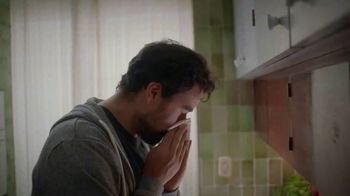 Kleenex Ultra Soft TV Spot, 'For All the Moments: Super Dad' - Thumbnail 2