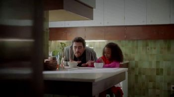 Kleenex Ultra Soft TV Spot, 'For All the Moments: Super Dad' - Thumbnail 5