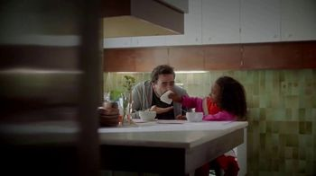 Kleenex Ultra Soft TV Spot, 'For All the Moments: Super Dad' - Thumbnail 6