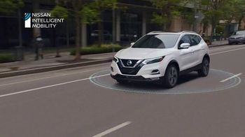 2020 Nissan Rogue Sport TV Spot, 'Moving In' Song by PRTY ANML [T2] - Thumbnail 8