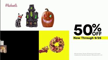 Michaels Lowest Prices of the Season Sale TV Spot, 'Select Frames, Fall and Halloween Decor' - Thumbnail 5