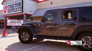 Tractor Supply Co. Pet Appreciation Week TV Spot, 'Bandit' - Thumbnail 3