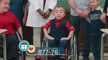 Shriners Hospitals for Children TV Spot, 'Family Day' - Thumbnail 4