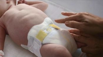 Pampers Swaddlers TV Spot, 'The First Loving Touch' - Thumbnail 5