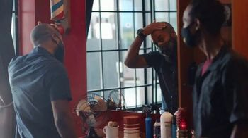 American Express TV Spot, 'It's the Small Details: Barbershop' - Thumbnail 9