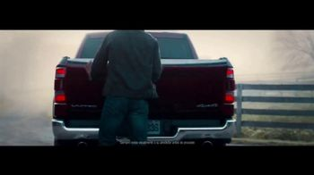 Ram Trucks Evento de Ventas Labor Day TV Spot, 'Millas que recuperar' [Spanish] [T2] - Thumbnail 7