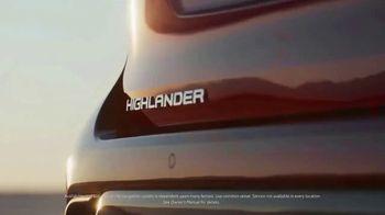 2020 Toyota Highlander Hybrid TV Spot, 'Rocket' Song by Woodkid [T1] - Thumbnail 5