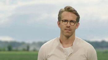 Mint Mobile TV Spot, 'Ryan & Avery Revere' Featuring Ryan Reynolds - Thumbnail 1