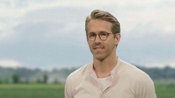 Mint Mobile TV Spot, 'Ryan & Avery Revere' Featuring Ryan Reynolds - Thumbnail 6