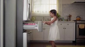 The Home Depot Labor Day Savings TV Spot, 'Cool Drinks & Homemade Treats: LG Refrigerator' - Thumbnail 2
