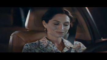 2020 Cadillac XT6 TV Spot, 'Hazards in the Dark' Song by DJ Shadow, Run the Jewels [T1] - Thumbnail 6