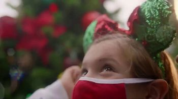 Disney World TV Spot, 'Discover Holiday Magic' - Thumbnail 5