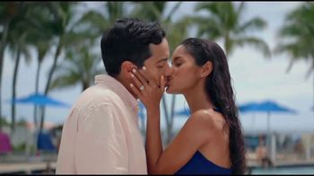 Kay Jewelers TV Spot, 'Nothing Should Get in the Way of Love' - Thumbnail 5