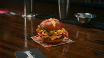 Wendy's Pretzel Bacon Pub Cheeseburger TV Spot, 'Nothing Will Distract You' - Thumbnail 7