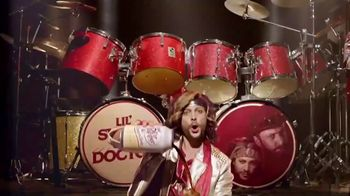 Dr Pepper & Cream Soda TV Spot, 'A Delicious Duet: Anthem' Featuring Justin Guarini - Thumbnail 8