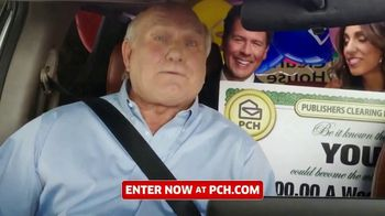 Publishers Clearing House TV Spot, 'Real People: $1,000 a Day' Featuring Terry Bradshaw - Thumbnail 2