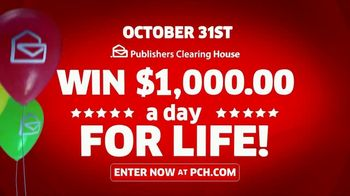Publishers Clearing House TV Spot, 'Real People: $1,000 a Day' Featuring Terry Bradshaw - Thumbnail 4