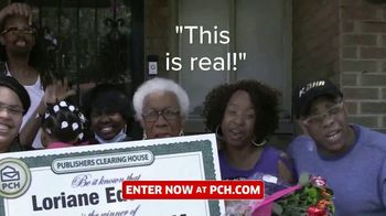 Publishers Clearing House TV Spot, 'Real People: $1,000 a Day' Featuring Terry Bradshaw - Thumbnail 5