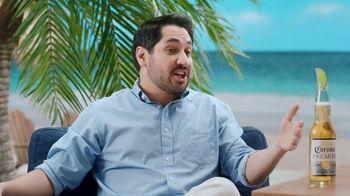 Corona Extra TV Spot, 'Draft Party' Featuring Tony Romo - Thumbnail 6