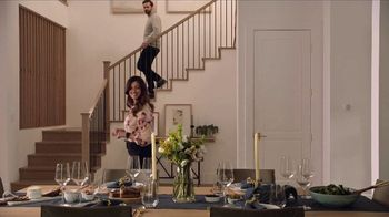 Buick Sign & Drive TV Spot, 'Surprise Dinner Party' Song by Matt and Kim [T2] - Thumbnail 3
