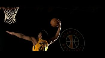 Zions Bank TV Spot, 'In Flight' Featuring Donovan Mitchell, Song by Michael Shynes - Thumbnail 2