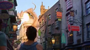Universal Orlando Resort TV Spot, 'Let's Woah: Two Days Free' - Thumbnail 3